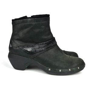 Merrell Luxe Mid Leather Black Studded Ankle Boots
